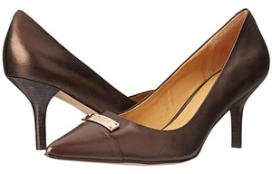 Coach Chestnut/Bronze Pumps