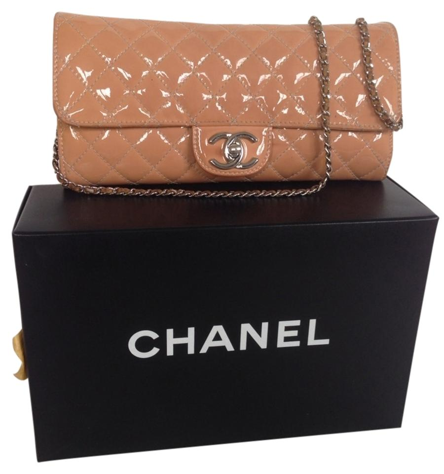 Chanel Wallet on Chain Clutch East West Quilted Flap Pink Patent Leather  Shoulder Bag ff6a943dee