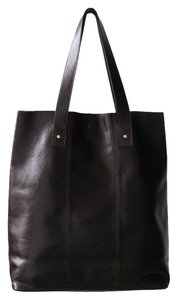 Casual Leather Tote in Dark Brown