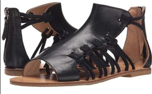 Koolaburra Bohemian Festival Retro Black Sandals