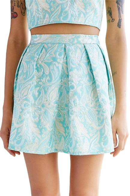 Preload https://item1.tradesy.com/images/urban-outfitters-renewal-remade-brocade-mini-size-4-s-27-15698950-0-1.jpg?width=400&height=650