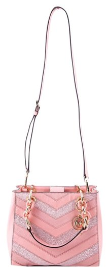 Preload https://item3.tradesy.com/images/michael-kors-cynthia-small-north-south-pink-leather-satchel-15700582-0-1.jpg?width=440&height=440