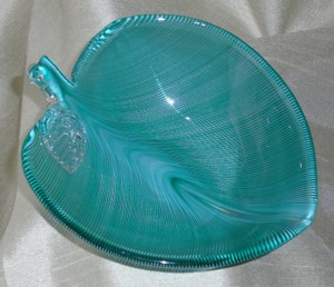 Venini Green Aqua Murano Italian Art Glass Leaf Bowl Dish Tyra Lundgren Barbini Seguso Barovier Decoration