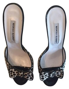 Manolo Blahnik Sandals Black white Mules