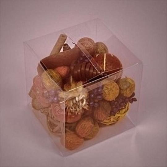 Clear Plastic 100 Boxes (3 Wedding Favors