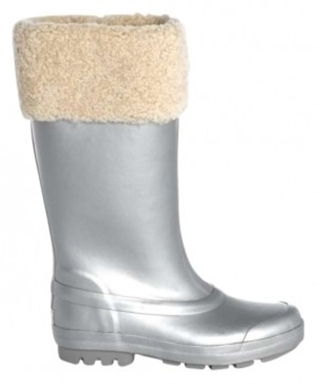 Preload https://item2.tradesy.com/images/ugg-australia-silver-rain-silver-sterling-bootsbooties-size-us-7-157026-0-0.jpg?width=440&height=440