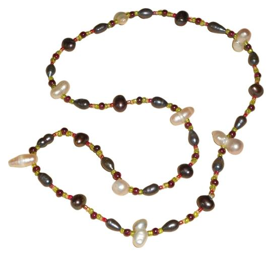 Preload https://img-static.tradesy.com/item/15703078/20-real-pearls-cream-white-and-peacock-black-garnets-green-and-red-glass-beads-no-clasp-necklace-0-1-540-540.jpg