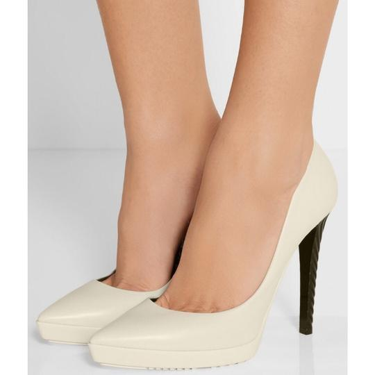 Jimmy Choo Off white Pumps