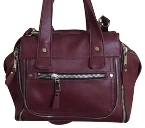 Urban Expressions Satchel in Red