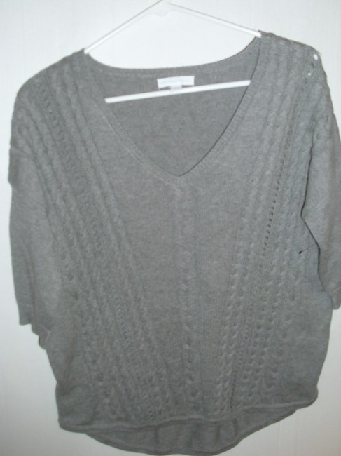 Preload https://img-static.tradesy.com/item/15704389/new-york-and-company-grey-soft-airy-light-weight-asymetrical-cable-knit-sweaterpullover-size-8-m-0-0-650-650.jpg