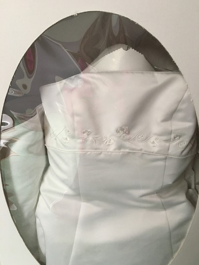David's Bridal White Satin Formal Wedding Dress Size 10 (M)