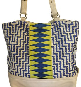 Elliot Lucca Tote in Linen Tribal