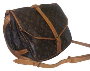 Louis Vuitton Saumur 35 Cross Body Bag