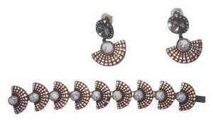 BaublebR Bracelet and earrings