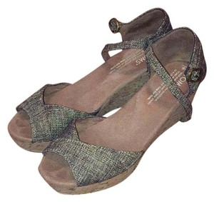 TOMS Brownish/black linen Wedges