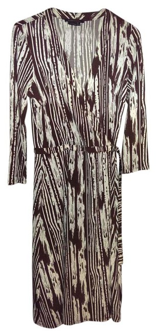 Preload https://item2.tradesy.com/images/bcbgmaxazria-brown-and-cream-knee-length-workoffice-dress-size-10-m-15708706-0-1.jpg?width=400&height=650