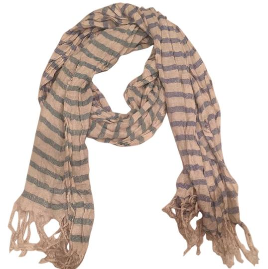 Preload https://item2.tradesy.com/images/urban-outfitters-cream-scarfwrap-15709201-0-1.jpg?width=440&height=440