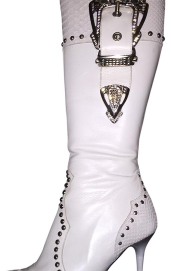 Preload https://img-static.tradesy.com/item/15709402/el-dantes-white-bootsbooties-size-us-6-regular-m-b-0-1-540-540.jpg