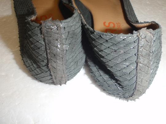 Michael Kors Sandal Size 6 1/2 Formal gray Flats