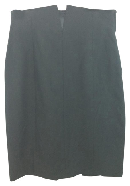 Preload https://img-static.tradesy.com/item/15710725/gianfranco-ferre-black-pencil-wool-40-knee-length-skirt-size-6-s-28-0-1-650-650.jpg