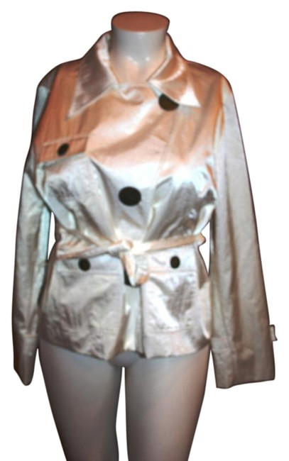 Preload https://item5.tradesy.com/images/white-angel-made-in-italy-whitejacket-spring-jacket-size-16-xl-plus-0x-15710869-0-1.jpg?width=400&height=650