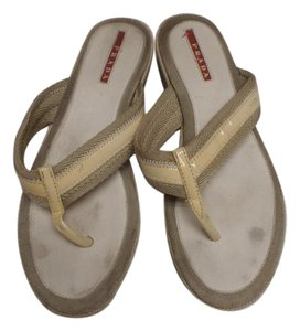 Prada Sandal Flipflops Flat Tongs cream/off white / red Sandals