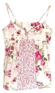 Xhilaration Top Beige with red/pink colored roses