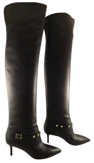 Preload https://item5.tradesy.com/images/valentino-black-rockstud-leather-thigh-high-otk-over-knee-36-bootsbooties-size-us-6-regular-m-b-15712279-0-1.jpg?width=440&height=440