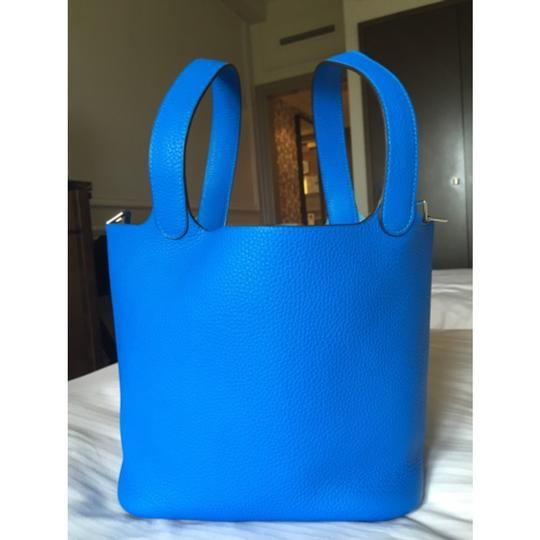 RARE! NEW Hermes Picotin 22 MM Bleu Hydra Clemence Leather Stamp X Tote in Bleu Hydra Image 3
