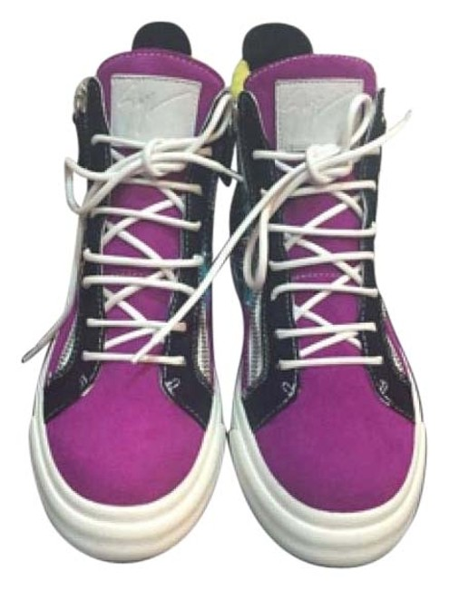 Item - Purple Sneakers Size US 8 Regular (M, B)