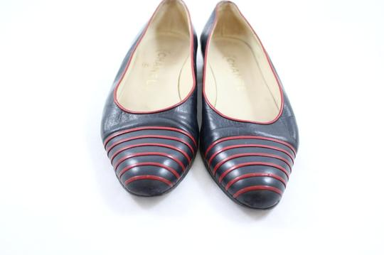 Chanel Chic French Leather Navy Flats