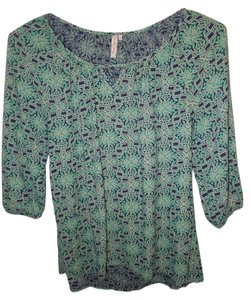 Red Camel Top Blue, White, Green