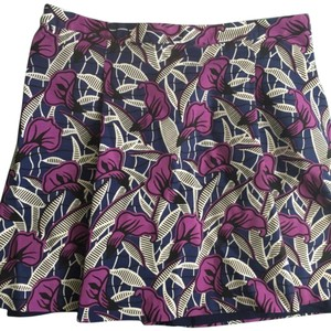 Club Monaco Mini Skirt floral purple/ black