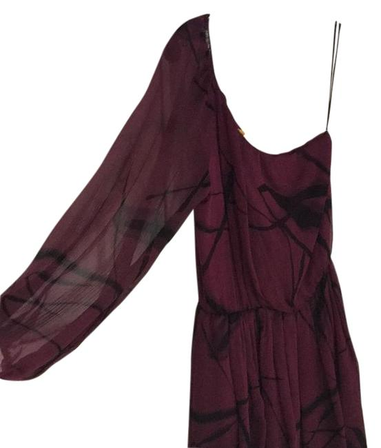 Preload https://item1.tradesy.com/images/alice-olivia-maroon-with-black-print-above-knee-cocktail-dress-size-6-s-15719170-0-1.jpg?width=400&height=650