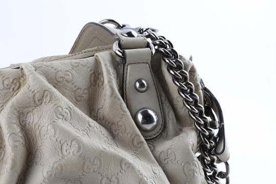 Gucci Embossed Leather Shoulder Tote in Beige Image 6