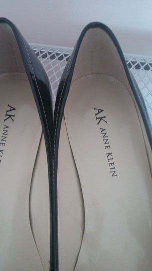 Anne Klein Black Pumps