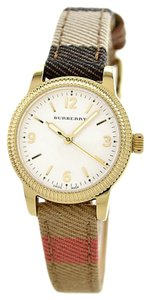 Burberry Burberry Women's Swiss House Check Double Wrap Strap 30mm BU7851