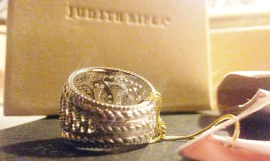 Judith Ripka Sterling Silver ring Large town & country White Sapphire size 7 Image 9