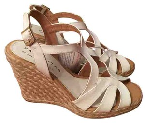 Paloma Barceló Patent Leather Buckle Closure Sandal White Wedges