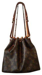 Louis Vuitton Tote in Signature Monogram Canvas