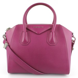 Givenchy Antigona Leather Pink Classic Satchel in Magenta