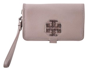 Tory Burch Wallet Bifold Wristlet in beige