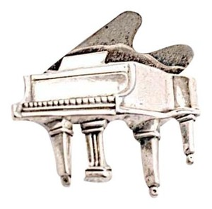 Designer Charm VINTAGE Sterling Silver 'Grand Piano' Brooch - PRETTY - 1-1/4