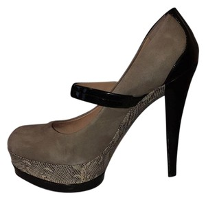 Jessica Simpson black/nude Platforms