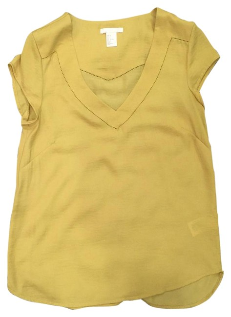Preload https://img-static.tradesy.com/item/15727663/h-and-m-yellow-blouse-size-2-xs-0-1-650-650.jpg