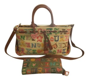Dooney & Bourke Scribble Signature 2pc Set