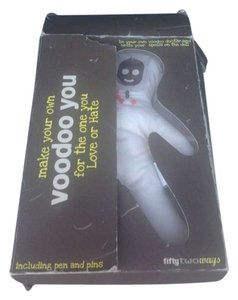VOODOO DOLL NIB VINTAGE 10 INCH VOODOO DOLL WITH PEN AND PINS