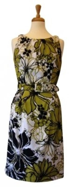 Preload https://item1.tradesy.com/images/roulette-whitegreenblack-knee-length-workoffice-dress-size-8-m-157325-0-0.jpg?width=400&height=650