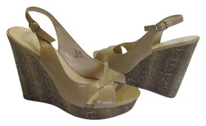 Nine West Size 10.00 M Reptile Design Neutral, Wedges