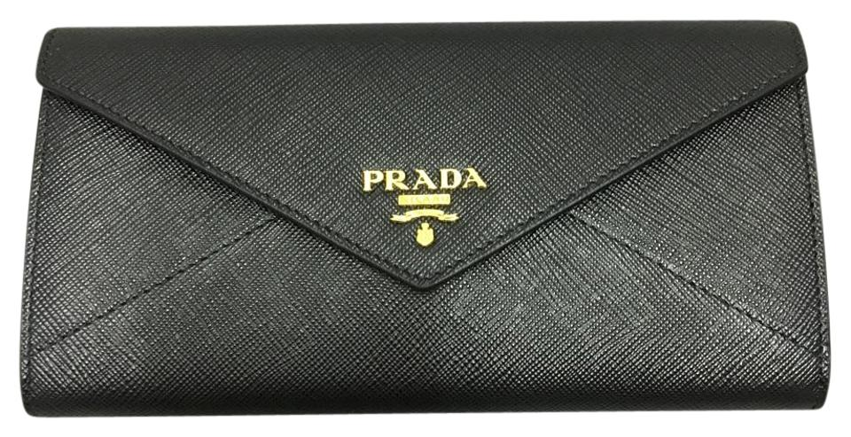 f14e8aeb Prada Saffiano Wallets - Up to 70% off at Tradesy